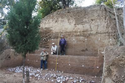 フッジ遺跡の発掘風景(タジキスタン2019年10月)